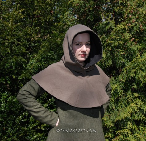 Hood from Hedeby – brown with lining