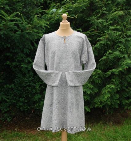 Hand sewn woolen Viking tunic - diamond twill
