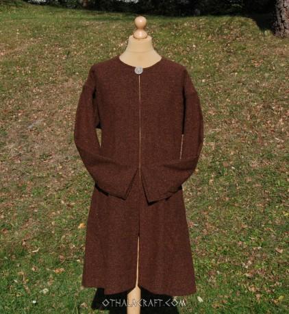 Brown woolen kaftan - L size
